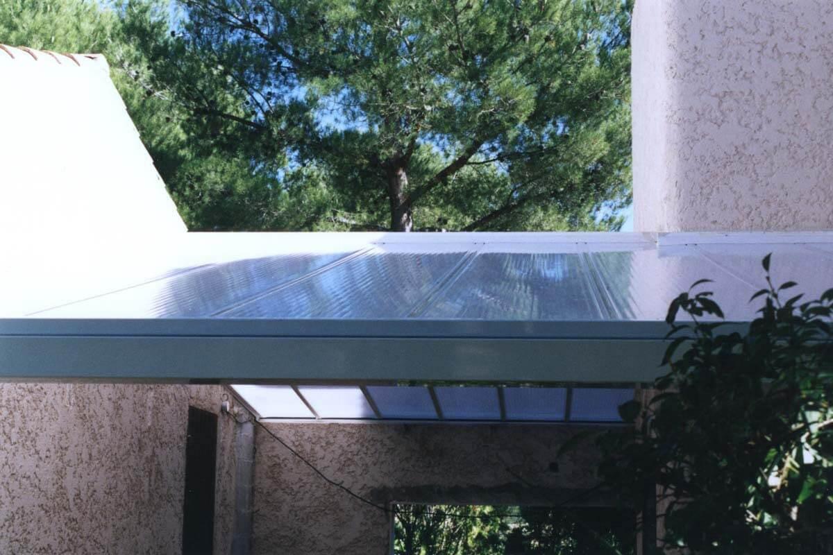 Sun Modul Prestige système autoportant de toiture polycarbonate alvéolaire
